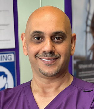 Gum disease expert in Stockport, Cheshire - Talal Khalil